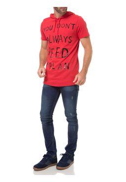 Camiseta-Manga-Curta-Masculina-com-Capuz-Vermelho