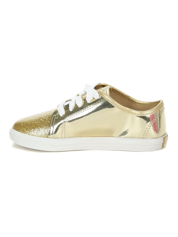 22739c25eac Tênis Casual Barbie Infantil Para Menina - Branco dourado - Lojas ...