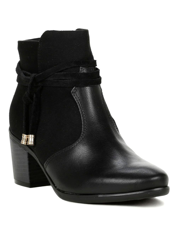 134004ab81 Bota Feminina Comfortflex Ankle Boot Preto - Lojas Pompeia