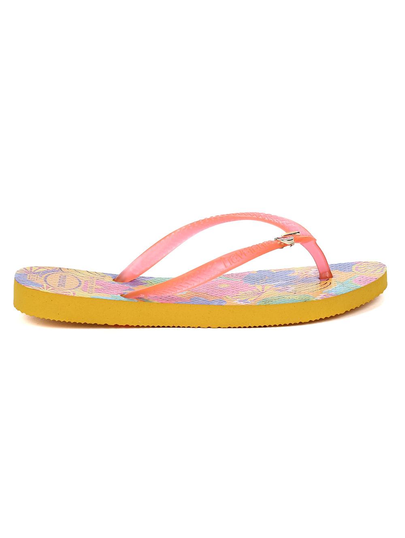 705eb58a7ac799 Chinelo Havaianas Slim Summer Infantil Para Menina - Amarelo - Lojas ...