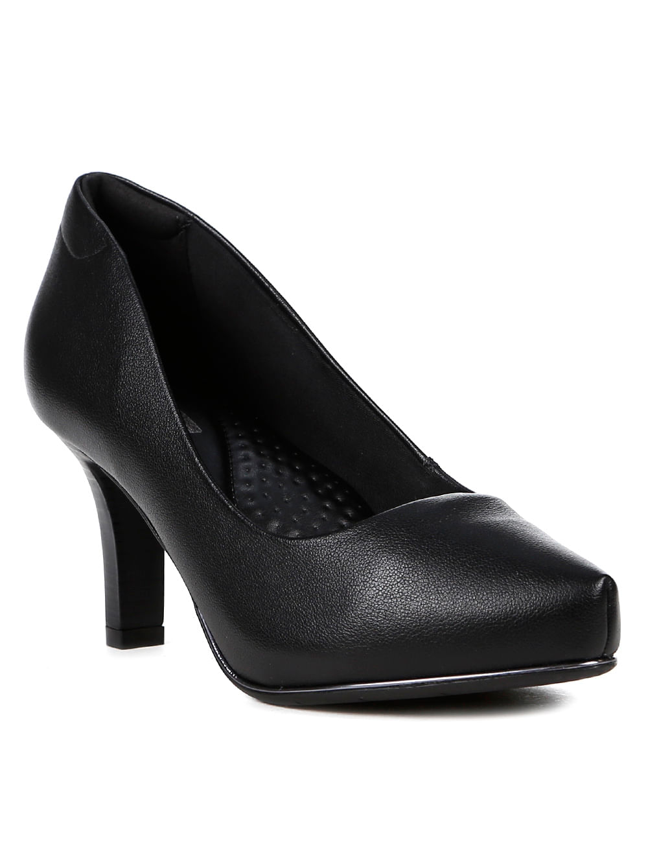 6c41776cda Sapato Scarpin Feminino Comfortflex Preto - Lojas Pompeia