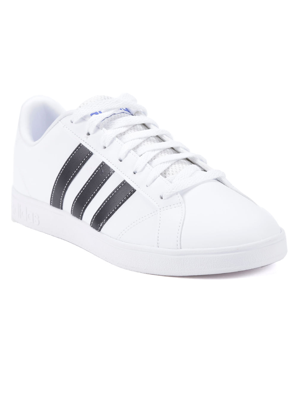 7453de6c6b7 Tênis Casual Masculino Adidas Advantage Vs Branco preto - Lojas Pompeia