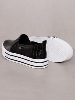 Slip-On-Feminino-Via-Marte-Preto-