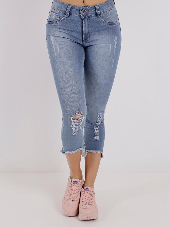 ff3d8ef31 Calça Capri Jeans Feminina Amuage Azul - Lojas Pompeia