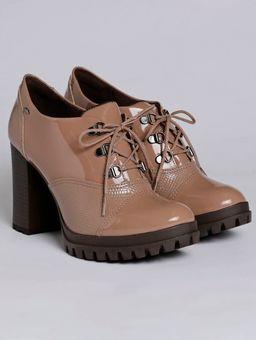 Z-\Ecommerce\ECOMM-360°\Feminino\120256-sapato-feminino-dakota-liso-cobra-salto-capuccino-