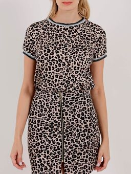 bb9ece1669 Blusa Animal Print Manga Curta Feminina Autentique Bege