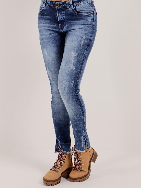 b3d60b4f4 Calça Jeans Feminina Bivik Azul - Lojas Pompeia