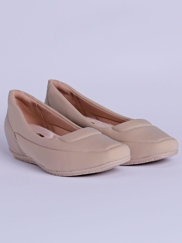 569ae54f6 Sapato de Salto Feminino Comfortflex Bege - Lojas Pompeia