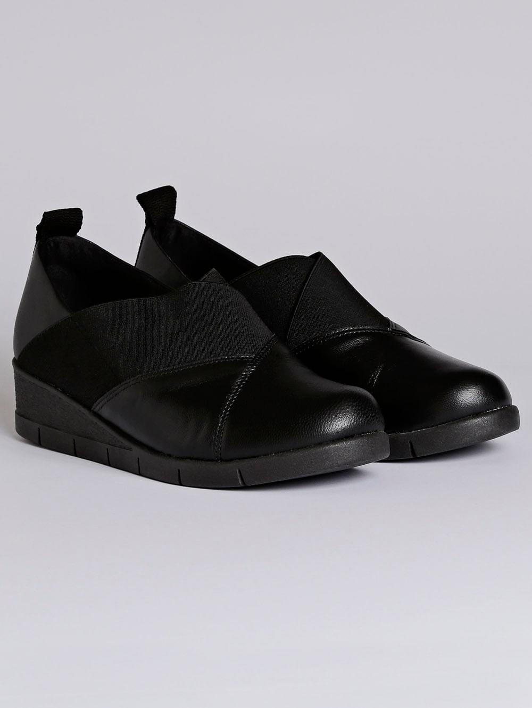 fbea0a469 Sapato Anabela Feminino Usaflex Preto - Lojas Pompeia