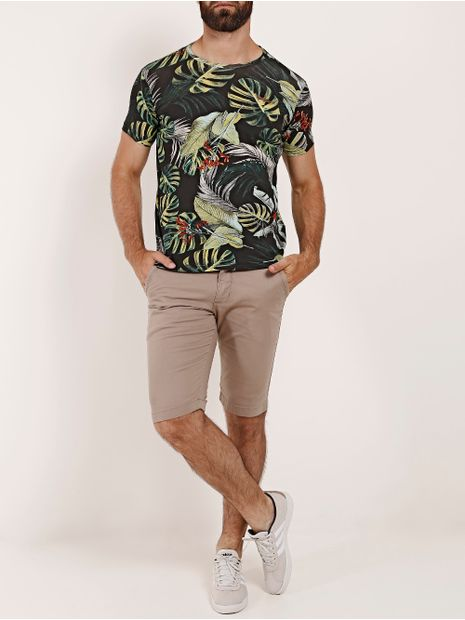 Camiseta-Manga-Curta-Estampada-Folhagem-Gangster-Masculina-Preto
