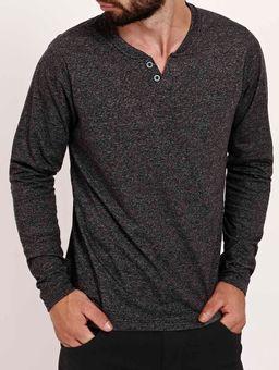 Camiseta-Manga-Longa-com-Peitilho-Masculina-Preto