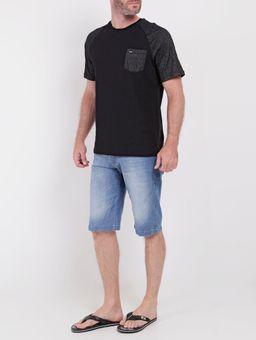 137153-camiseta-vels-c-bolso-preto