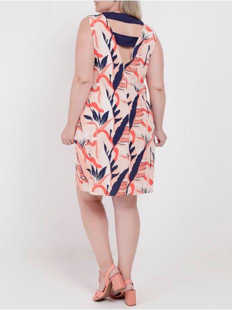 137258-vestido-plus-size-lifestyle-estamapdo-coral