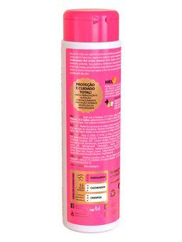 141205-condicionador-sos-cachos-salon-line1
