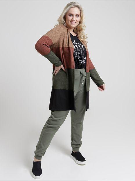 141949-casaco-tricot-plus-size-lifestyle-militar-preto-pompeia3
