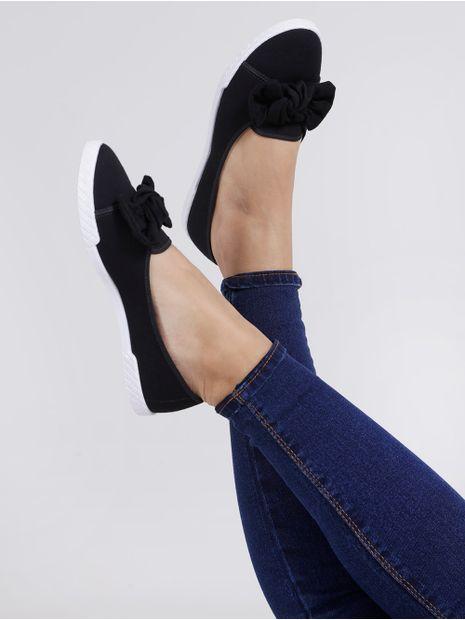 141885-sapatilha-para-mulher-moleca-preto